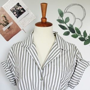☾ Vintage striped short sleeve button down